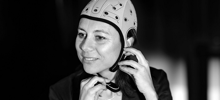 A portable device to treat major brain disorders remotely